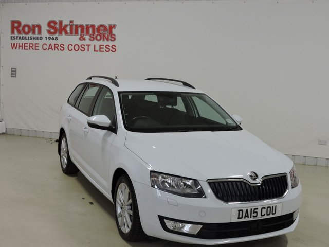 View our 2015 15 SKODA OCTAVIA (82)   1.6 ELEGANCE TDI CR 5d 104 BHP