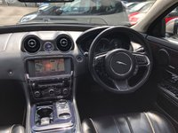 USED 2011 11 JAGUAR XJ 3.0 D V6 PORTFOLIO LWB 4d AUTO 275 BHP