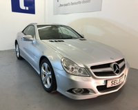 USED 2009 09 MERCEDES-BENZ SL 3.5 SL350 2d AUTO 315 BHP New Model -Cost nearly £70,000 originally when first registered-Stunning with heated black leather,sat Nav,Blue tooth-315 bhp with service history-MUST BE VIEWED -huge value on offer