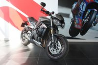 USED 2017 66 TRIUMPH STREET TRIPLE 765  RS 120 BHP