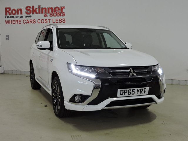 View our 2015 65 MITSUBISHI OUTLANDER 2.0 PHEV GX 3H PLUS 5d AUTO 161 BHP