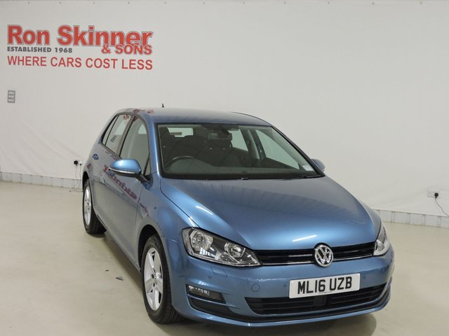 View our 2016 16 VOLKSWAGEN GOLF (113)   1.6 MATCH EDITION TDI BMT 5d 109 BHP