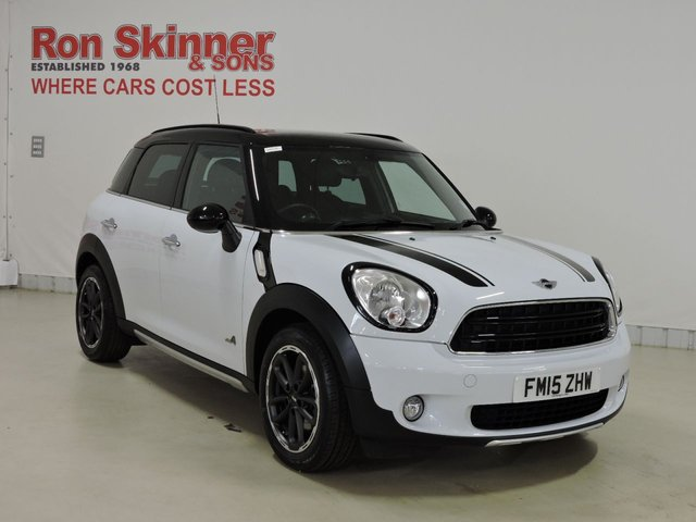 View our 2015 15 MINI COUNTRYMAN 1.6 COOPER ALL4 5d 121 BHP with CHILI Pack + Rear Priv + 17in Alloys