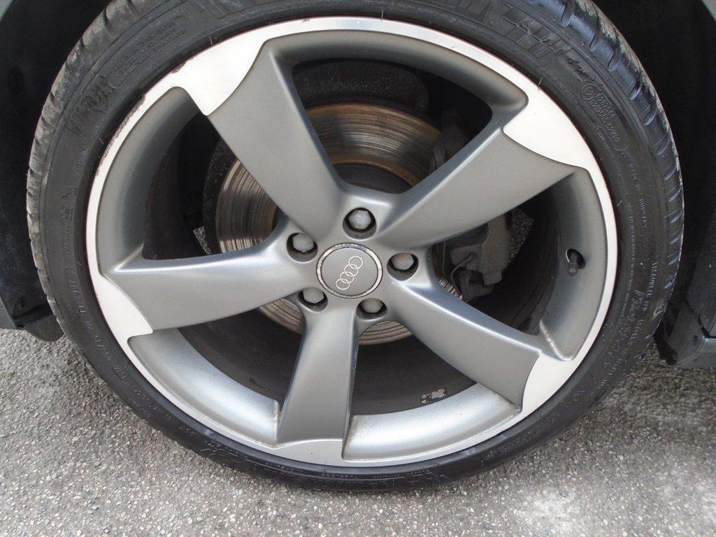2014 Audi A4 Avant Tdi S Line Black Edition 15489 White Rims Used 14 20 5d 148 Bhp