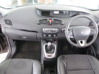 USED 2011 11 RENAULT SCENIC 1.5 DYNAMIQUE TOMTOM DCI 5d 110 BHP