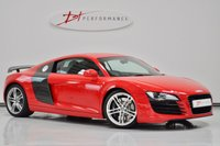 2008 AUDI R8 4.2 QUATTRO 2d 420 BHP VERY LOW MILEAGE MANUAL EXTENSIVE CARBON £47950.00
