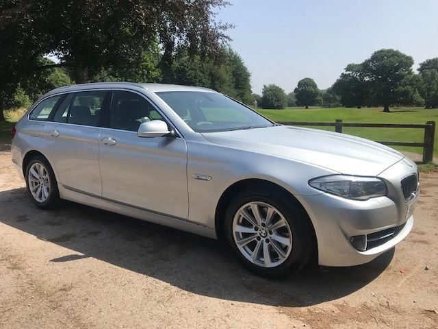 2012 62 BMW 5 SERIES 2.0 520D SE TOURING BLUE PERFORMANCE 5d 181 BHP