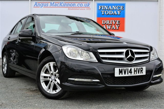 2014 14 MERCEDES-BENZ C CLASS 2.1 C220 CDI BLUEEFFICIENCY EXECUTIVE SE 4d Saloon with Very Low Mileage