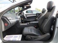 USED 2014 64 MERCEDES-BENZ E CLASS 2.1 E250 CDI AMG SPORT CONVERTIBE AUTO 204 BHP *CAMERA * COMAND * AIRSCARF* ** REVERSE CAMERA * AIR SCARF **