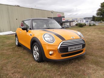 2014 MINI HATCH COOPER 1.5 COOPER D 3d 114 BHP £8795.00