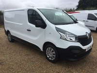 USED 2015 15 RENAULT TRAFIC 1.6 LL29 BUSINESS DCI S/R P/V 1d 115 BHP 61000 MILES ONE OWNER FROM NEW SAT/NAV