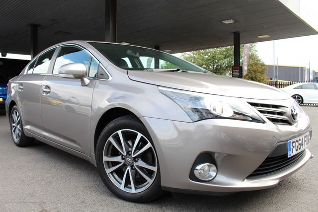 TOYOTA AVENSIS at Derby Trade Cars