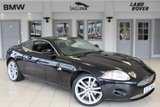 USED 2007 07 JAGUAR XK 4.2 COUPE 2d 294 BHP FULL LEATHER SEATS + FULL SERVICE HISTORY + SATELLITE NAVIGATION + BLUETOOTH + HEATED/COOLED FRONT SEATS + 20 INCH ALLOYS + PARKING SENSORS + CRUISE CONTROL