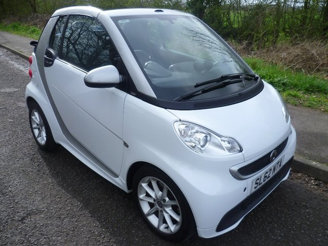 2012 62 SMART FORTWO CABRIO 1.0 MHD Passion Cabriolet Softouch 2dr