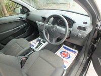 USED 2010 60 VAUXHALL ASTRA 1.8 LIFE A/C 5d AUTO 140 BHP