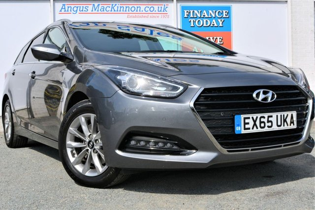 2015 65 HYUNDAI I40 1.7 CRDI SE NAV BLUE DRIVE 5d Family Estate with Low Road Tax and High 65mpg