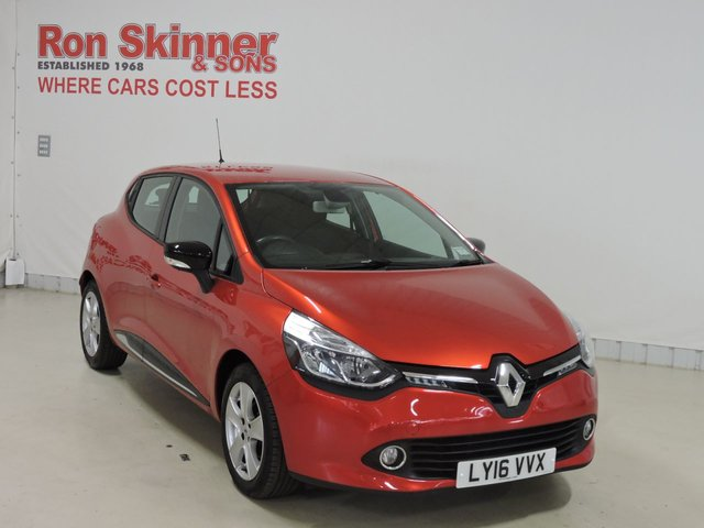 View our 2016 16 RENAULT CLIO 1.1 DYNAMIQUE NAV 16V 5d 73 BHP