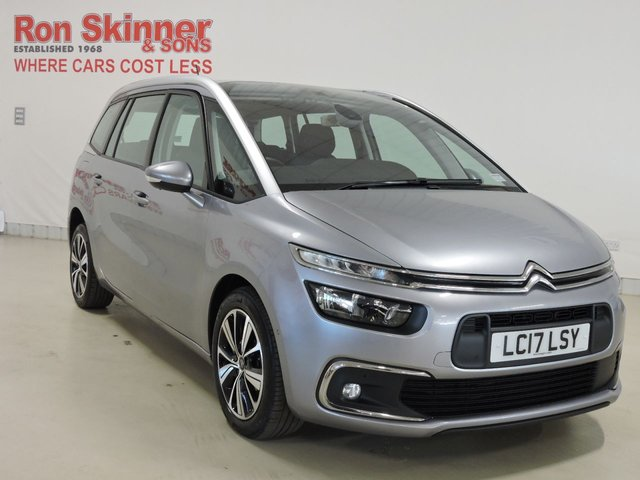 View our 2017 17 CITROEN C4 GRAND PICASSO 1.6 BLUEHDI FEEL S/S EAT6 5d AUTO 118 BHP