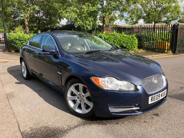 2009 09 JAGUAR XF 3.0 V6 LUXURY 4d AUTO 240 BHP