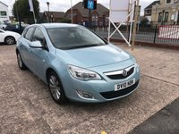 USED 2010 10 VAUXHALL ASTRA 1.6 SE 5d AUTO 113 BHP FULL SERVICE HISTORY-AUTOMATIC-FRONT AND REAR PARK SENSORS-PETROL