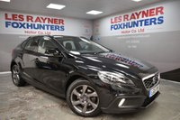 USED 2015 15 VOLVO V40 1.6 D2 CROSS COUNTRY LUX NAV 5d 113 BHP Zero road tax, Cruise control, Full leather, DAB Radio