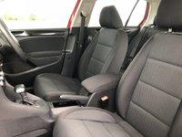USED 2010 10 VOLKSWAGEN GOLF 1.6 SE TDI DSG 5d AUTO 103 BHP