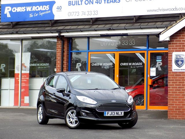 USED 2013 13 FORD FIESTA 1.2 ZETEC 5dr ** Bluetooth + ONLY 30 RFL **