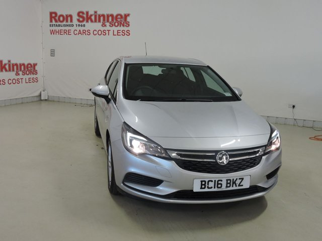 View our 2016 16 VAUXHALL ASTRA 1.4 DESIGN S/S 5d AUTO 148 BHP