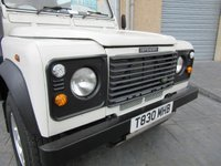 USED 1999 T LAND ROVER DEFENDER 2.5 90 HARD-TOP TD5 3d 120 BHP 6 SEATS COUNTY SPEC