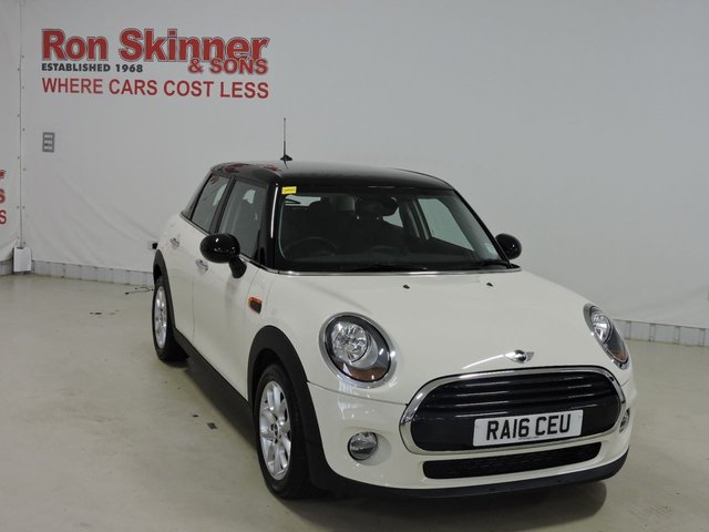 View our 2016 16 MINI HATCH COOPER 1.5 COOPER 5d 134 BHP with Pepper Pack