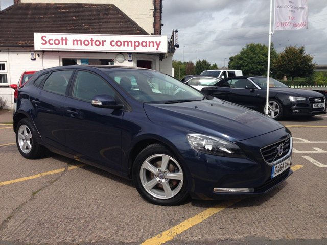 View our VOLVO V40