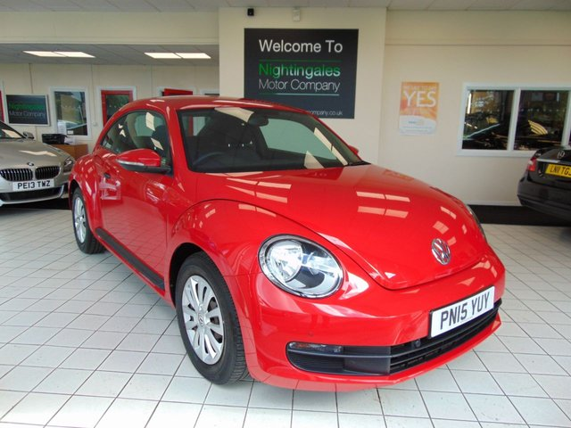 USED 2015 15 VOLKSWAGEN BEETLE 1.6 TDI BLUEMOTION FULL SERVICE HISTORY + PARKING CENSORS FRONT AND REAR + DAB RADIO + BLUETOOTH + LOW CAR TAX