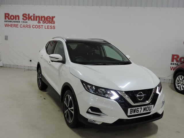 View our 2018 67 NISSAN QASHQAI 1.2 N-CONNECTA DIG-T 5d 113 BHP with Glass Roof
