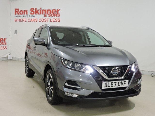 View our 2017 67 NISSAN QASHQAI 1.5 N-CONNECTA DCI 5d 108 BHP with Glass Roof