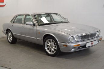 2002 JAGUAR XJ 3.2 EXECUTIVE V8 4d AUTO 240 BHP £8995.00