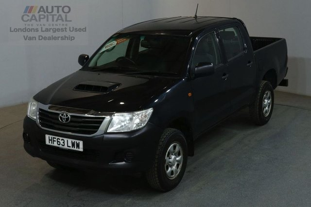 2013 63 TOYOTA HI-LUX 2.5 HL2 4X4 D-4D DCB 4d 142 BHP AIR CON LIGHT UTILITY PICK UP AIR CONDITIONING / ONE OWNER FROM NEW