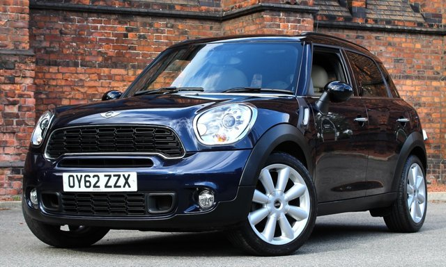 2012 62 MINI COUNTRYMAN 2.0 COOPER SD 5d AUTO 141 BHP