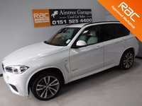 USED 2014 64 BMW X5 3.0 XDRIVE30D M SPORT 5d AUTO 255 BHP A REAL EXAMPLE OF A STUNNING AND VERY WELL LOOKED AFTER 4X4 VEHICLE , FINISHED IN GLEAMING WHITE WITH CONTRASTING WHITE HEATED LEATHER WITH PIANO BLACK INSERTS, FRONT SPOT LIGHTS, CONNECTION DRIVE, 19INCH UPGRADED ALLOYS, CRUSE CONTROL, BIG SCREEN SAT NAV, LANE ASSIST, PADDLE SHIFT AUTO GEAR BOX, VOICE COMMAND, LANE ASSIST, AUX USB LEAD, AUTO HEAD LAMPS, ELEC STEERING COLUMN , 8 CD CHANGER, BLUE TOOTH PHONE PREP SEVEN SEATS CALL  0151 5254400