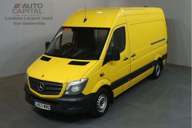 2013 63 MERCEDES-BENZ SPRINTER 2.1 313 CDI MWB 129 BHP H/R AIR CON RWD VAN AIR CONDITIONING / REVERSE CAM