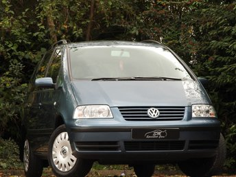 2002 VOLKSWAGEN SHARAN 2.0 SE 5d 114 BHP £4450.00