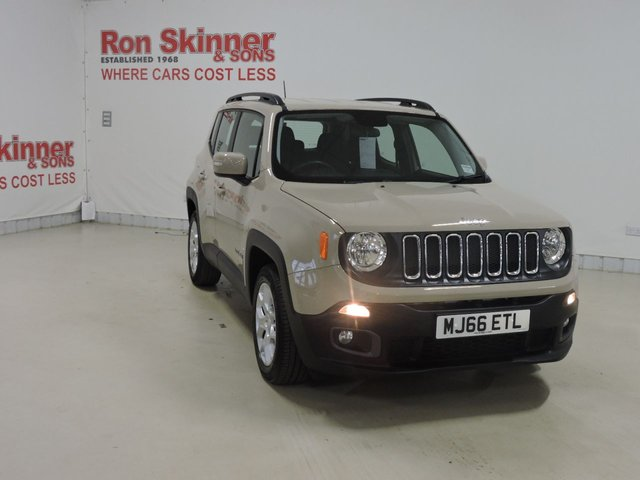 View our 2016 66 JEEP RENEGADE 1.6 M-JET LONGITUDE 5d 118 BHP