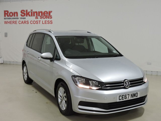 View our 2017 67 VOLKSWAGEN TOURAN 2.0 SE TDI BLUEMOTION TECHNOLOGY 5d 148 BHP