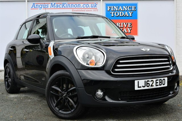 2012 62 MINI COUNTRYMAN 1.6 COOPER D ALL4 4x4 5d Family Hatchback with Chilli Pack and Very Low Mileage