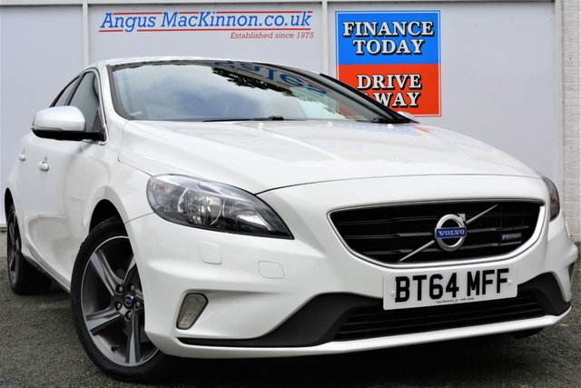 2014 64 VOLVO V40 D4 R-DESIGN NAV Stunning in White with Zero Road Tax and High 74mpg