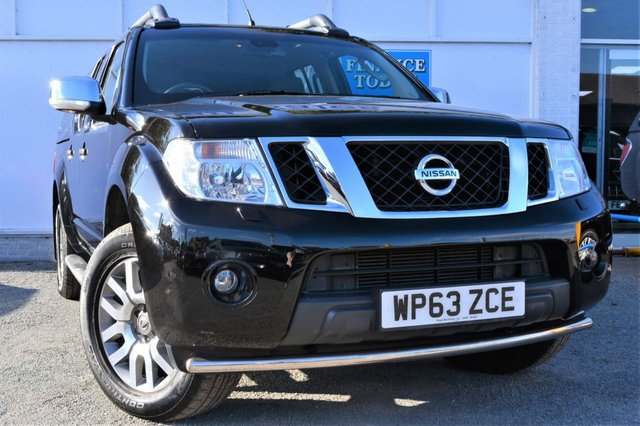 2014 63 NISSAN NAVARA 3.0 OUTLAW DCI 4X4 Double Cab 5 Seat Pickup AUTO with SNUG Top Side Steps Leather Sat Nav