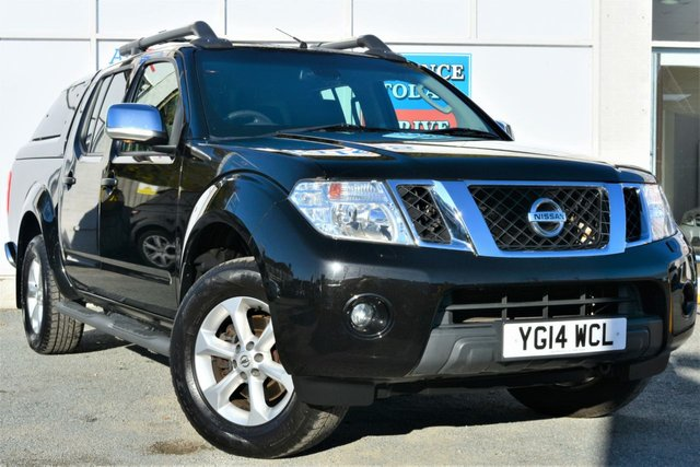 2014 14 NISSAN NAVARA 2.5 DCI TEKNA 4X4 Double Cab 5 Seat Pickup with Rear Canopy Side Steps Roof Bars