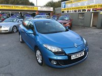 2013 RENAULT MEGANE 1.5 DYNAMIQUE TOMTOM ENERGY ESTATE DCI S/S 5 DOOR 110 BHP WITH ONLY 30000 MILES IN BRIGHT METALLIC BLUE. £6499.00