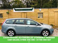 USED 2009 59 FORD FOCUS 1.6 ZETEC 5d AUTO 100 BHP Lovely looking example that has done just a touch over 100k with a new timing belt service done at 93k last year, looks and drives fantastic and the Automatic gearbox is smooth and perfect, Zetec with contrasting inyerior that is also in superb condition. Automatic Focus estates are very very difficult to come by so dont delay.