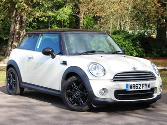 2012 MINI HATCH COOPER 1.6 COOPER 3d 122 BHP £6995.00