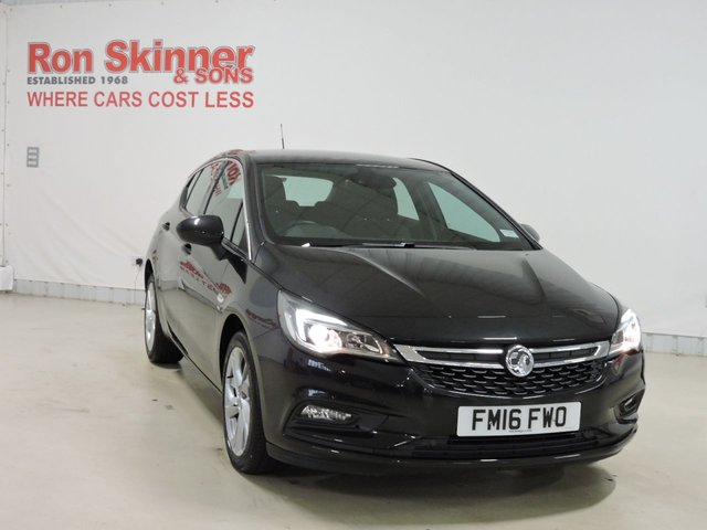 View our 2016 16 VAUXHALL ASTRA 1.4 SRI 5d 99 BHP